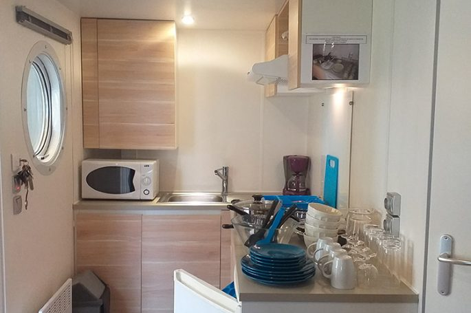 Kitchenette du Mobil-home Confort 1 chambre