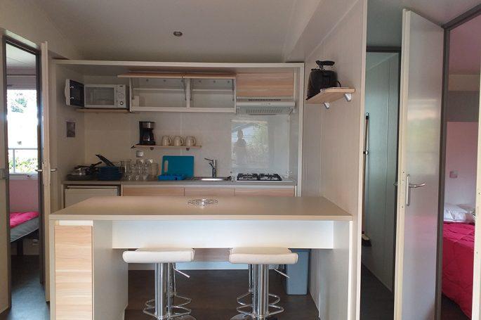 Kitchenette du Mobil-home Confort plus 2 chambres