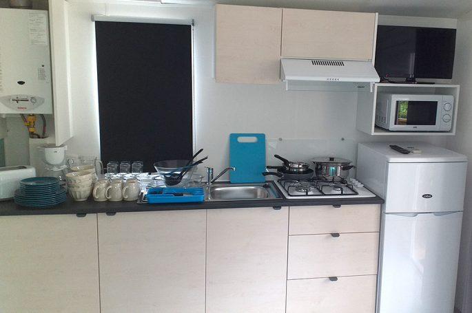Kitchenette du Mobil-home Premium 4/6 personnes